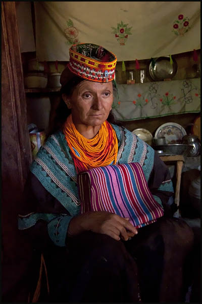 A FACE FROM KALASH VALLEY PAKISTAN